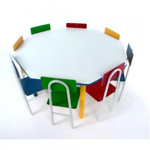 Mesa Oitavada Com 8 Cadeiras de Ferro